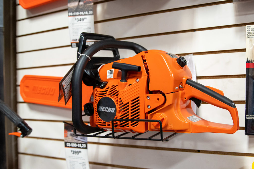 New Chainsaw Echo Chainsaws Houghton, MI Used Chainsaws Cutting Wood